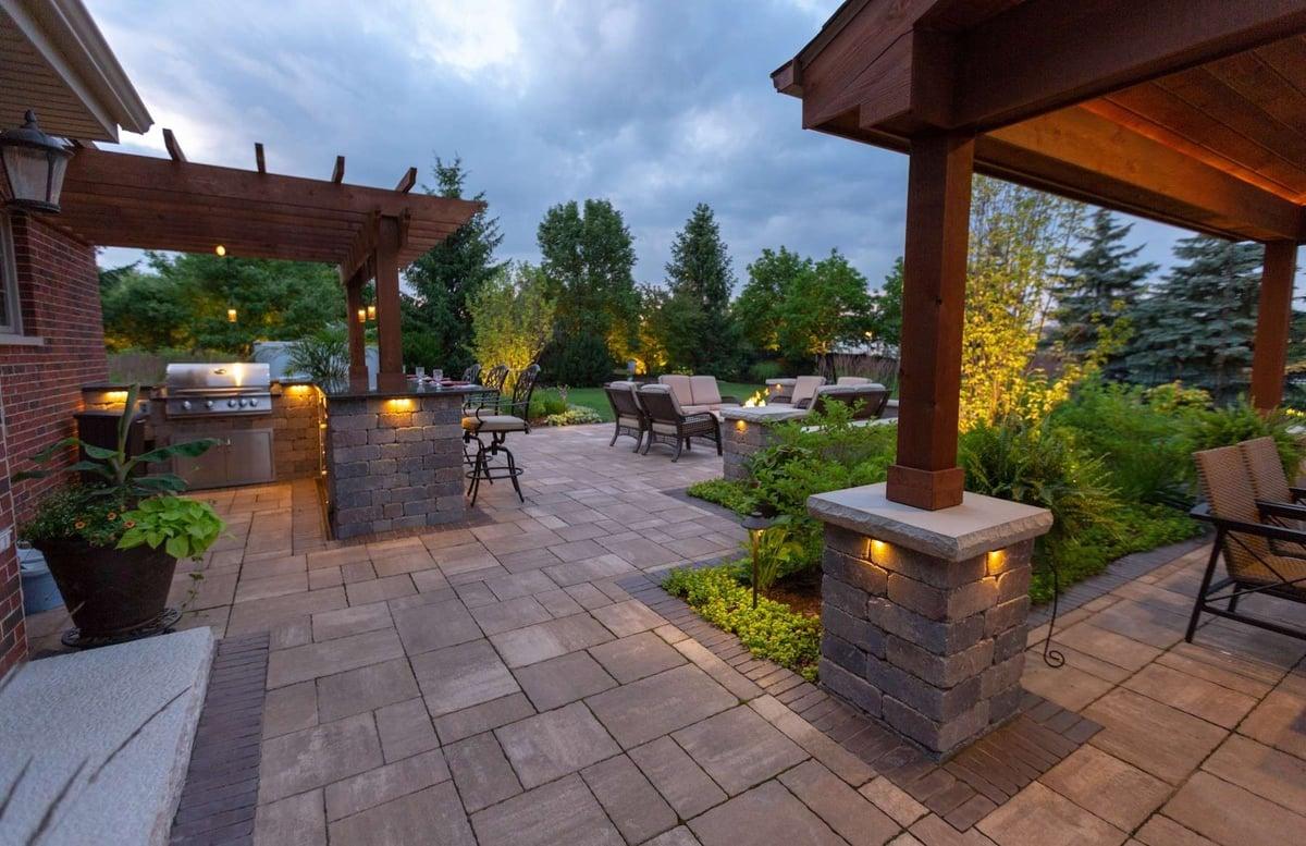 outdoor kitchen with pergola