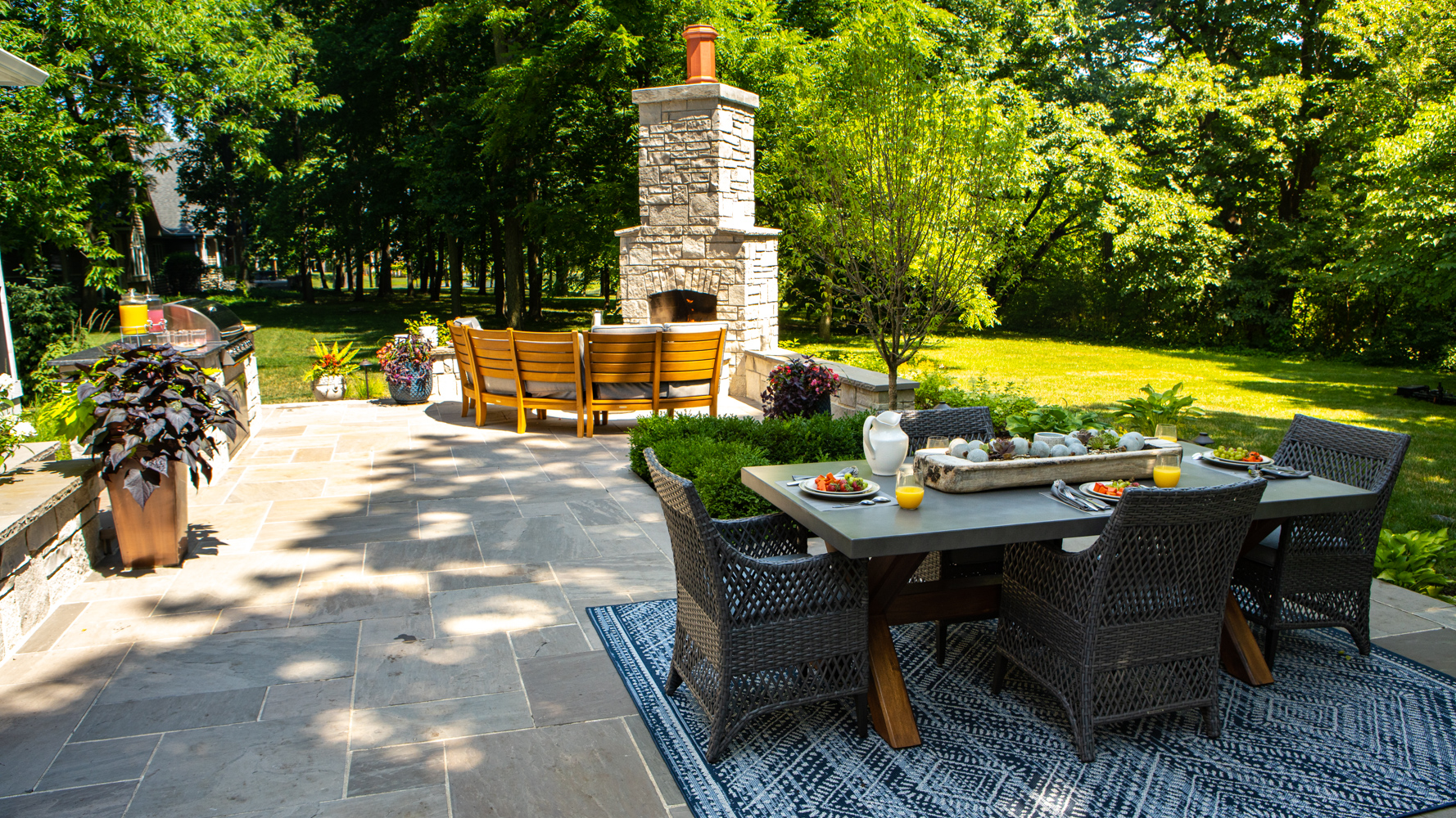 patio and landscape in Plainfield, IL