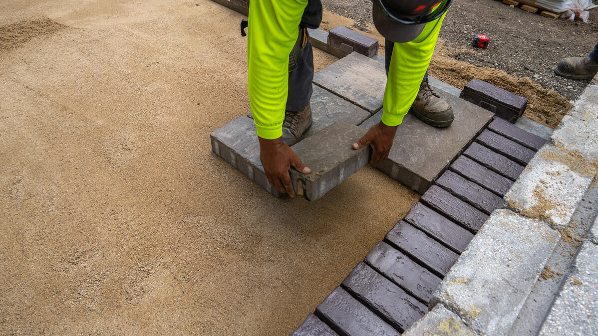 patio pavers installed with solid edge