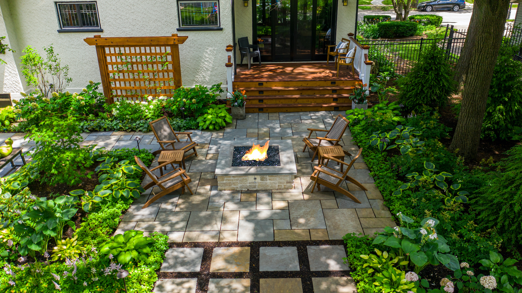 Wood Fire Pit vs. Gas Fire Pit: Which is Best for Your Backyard?