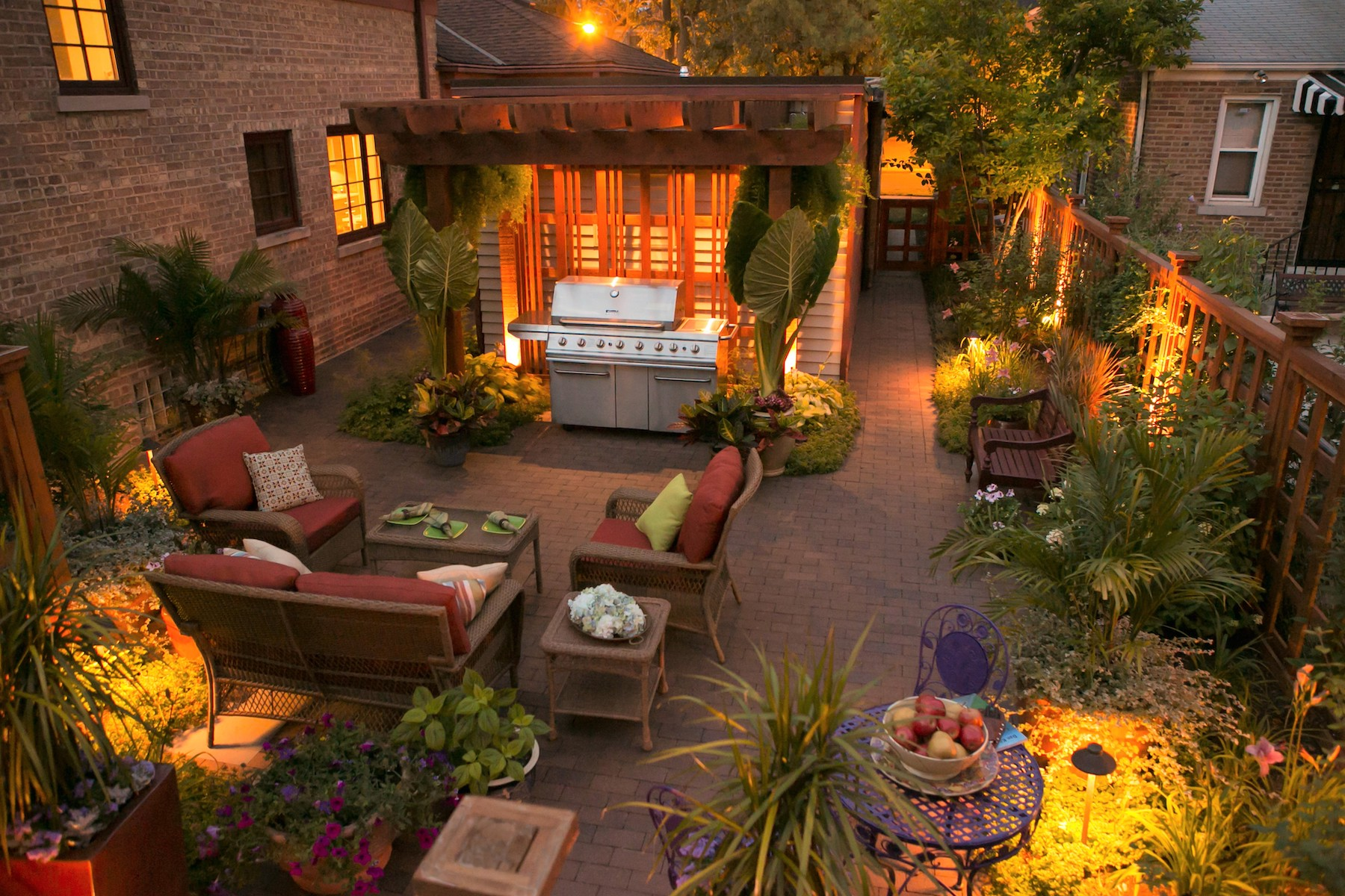 Landscaping 101: Small Space Gardens